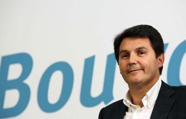 Olivier Roussat, le directeur général de Bouygues Telecom lors de la conférence de presse de Bouygues Telecom pour le lancement de IDEO en mai 2009.