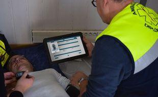 La solution de télémédecine mobile Nomadeec a notamment été retenue pour un projet de prise en charge des victimes d'un AVC depuis le lieu de l'accident.