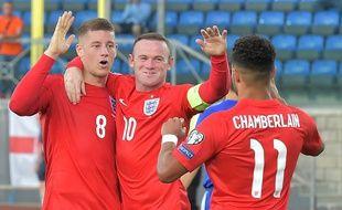 Wayne Rooney et les Anglais le 5 septembre 2015 à Saint-Marin.