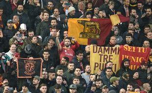 Les supporters de la Roma à Anfield.