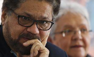 Ivan Marquez, un chef de guérilla des Farcs s'est désolidarisé du processus de paix en Colombie. Jeudi 29 août, dans une vidéo, il annonce qu'il va reprendre les armes.