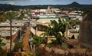 (Illustration) Une vue de la commune de Tsingoni, du département d'outre-mer de Mayotte