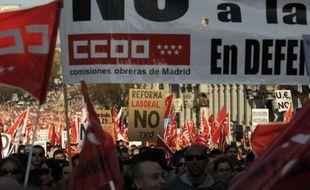 Quelques heures seulement après une grève générale accompagnée de manifestations monstres, l'Espagne présente vendredi son projet de budget 2012, attendu comme le plus rigoureux de son histoire, tandis que les inquiétudes montent en Europe à son sujet.
