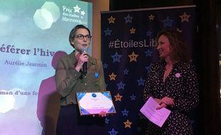 Aurélie Jeannin (au micro), lauréate du 3e prix des Etoiles, et Charlotte Allibert, cofondatrice de Librinova.