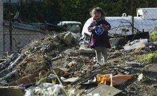 Illustration d'enfant vivant dans les squats et bidonvilles de l'agglomération lyonnaise.
