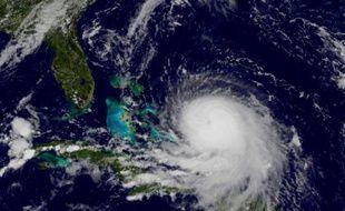 Image satellite de la NASA de l'ouragan Joaquin le 30 septembre 2015 à l'approche des Bahamas
