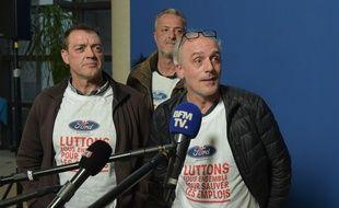 Philippe Poutou, représentant CGT Ford à Blanquefort, se bat pour éviter la fermeture de l'usine. (Photo by ERIC PIERMONT / AFP)