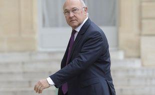 Michel Sapin arrive à l'Elysée, le 26 mai 2014.