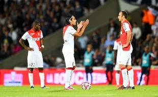 Falcao s'agace après un nouveau but de Bordeaux, le 17 août 2014.
