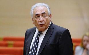 """Dominique Strauss-Kahn, après avoir échappé à un procès aux Etats-Unis grâce à un arrangement financier, sera bien jugé en France en 2014 pour """"proxénétisme aggravé"""" dans l'affaire dite du Carlton de Lille, le parquet ayant décidé mercredi de ne pas faire appel de son renvoi en correctionnelle."""