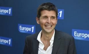Le journaliste Thomas Sotto, ici en 2014, officie au micro d'Europe 1.