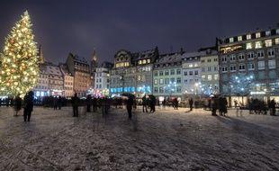 Le tireur a ouvert le feu aux abords du marché de Noël de Strasbourg