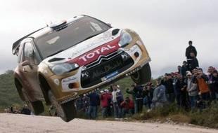 Le Français Sébastien Loeb (Citroën DS3) n'était plus qu'à deux épreuves spéciales, soit 39 km chronométrés, d'une 8e victoire au rallye d'Argentine, avec plus d'une minute d'avance sur Sébastien Ogier (Volkswagen Polo-R) après les deux premières spéciales de samedi.