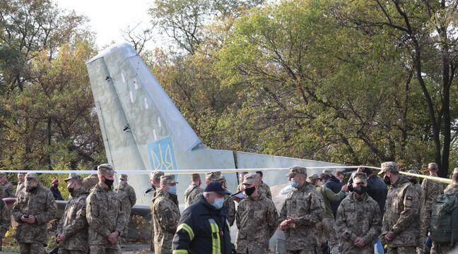 Ukraine : Le président Volodymyr Zelensky au chevet de l'unique survivant du crash de l'avion militaire - 20 Minutes