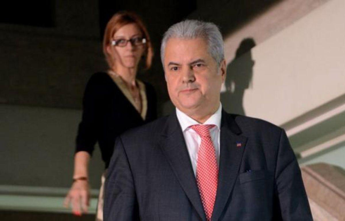 L'ex-Premier ministre roumain Adrian Nastase a été opéré avec succès jeudi après une tentative de suicide consécutive à sa condamnation à deux ans de prison pour corruption, un verdict considéré comme une avancée majeure dans la lutte contre l'impunité des puissants en Roumanie. – Daniel Mihailescu afp.com
