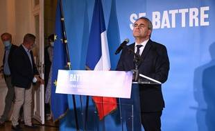 Xavier Bertrand, candidat aux elections regionales dans les Hauts-de-France fait une declaration publique au theatre Jean Vilar. Saint-Quentin. Le 20 juin 2021.