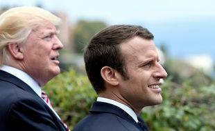 Donald Trump et Emmanuel Macron  au G7 en Italie le 26 mai 2017.