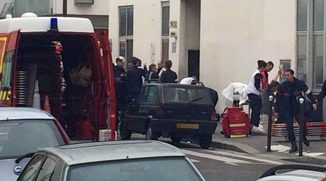 Attaque de «Charlie Hebdo»: Ce qu'il s'est passé entre l'attaque et la fuite des assaillants
