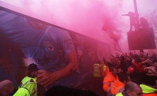 Les supporters de Liverpool ont accueilli les Citizens avec hostilité mercredi