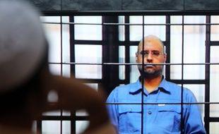 Seif al-Islam , fils de Mouammar Kadhafi, lors de son procès en mai 2014