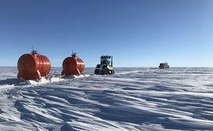 Le réchauffement climatique s'accompagne-t-il de précipitation plus intense sur le plateau de l'Antarctique? Les scientifiques du raid EAIIST sont allés chercher les réponses là où l'homme n'est jamais allé.