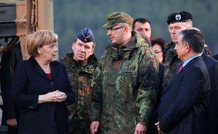 La chancelière allemande Angela Merkel poursuit lundi sa visite en Turquie par des entretiens politiques avec les dirigeants turcs, qui attendent qu'elle confirme sa promesse, après celle exprimée par la France, de relancer le processus d'adhésion moribond de leur pays à l'Union européenne (UE).