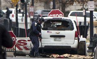 Une voiture a percuté une barrière de sécurité à l'entrée de la Maison Blanche, le 23 février 2018.