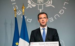 Olivier Veran, ministre de la Sante et des Solidarites, lors du Compte rendu du Conseil des Ministres//04SIPA_1.419/2005201646/Credit:Romain GAILLARD-POOL/SIPA/2005201653