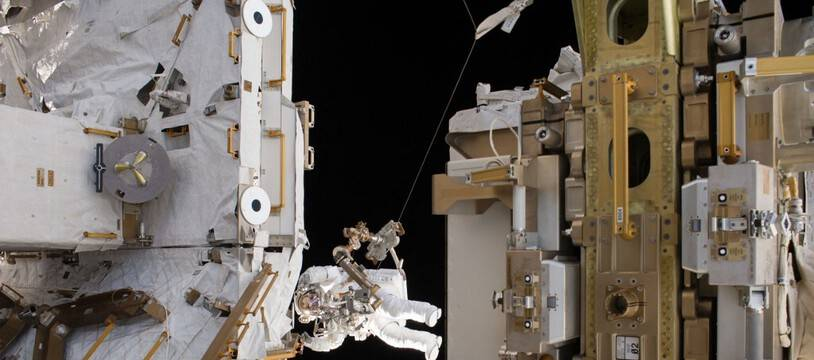 L'astronaute français Thomas Pesquet lors de sa deuxième sortie dans l'espace, le 24 mars 2017.