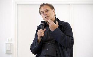 Enki Bilal lors de l'inauguration de son exposition «Mécanhumanimal» au musée des arts et métiers à Paris le 3 juin 2013.