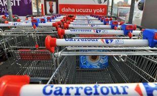 Après un début 2012 difficile, les ventes de Carrefour se sont finalement redressées en fin d'année, portées par l'international mais aussi par l'amélioriation en France, son principal marché, ce qui a été salué par les investisseurs à la Bourse.