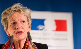 """Eliane Houlette, ex-cheffe du parquet national financier dit """"regretter"""" ses propos sur d'éventuelles """"pressions"""" autour de l'affaire Fillon."""