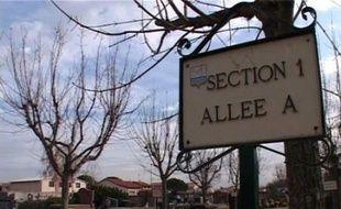 """Le maire PS de Cugnaux (Haute-Garonne), Philippe Guérin, a pris un arrêté municipal interdisant """"à toute personne ne disposant pas de caveau (...) de décéder sur le territoire de la commune""""."""