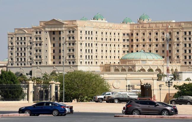 Les personnalités arrêtées seraient retenues dans l'hôtel Ritz-Carlton de Riyad.
