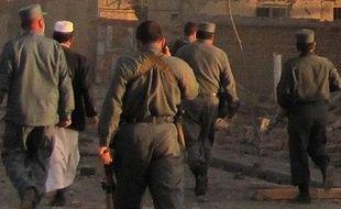 Le gouverneur de la province afghane du Logar a été tué mardi par l'explosion d'une bombe cachée dans un microphone, en prenant la parole dans une mosquée après la prière marquant le début de l'Aïd al-Adha, fête musulmane du sacrifice