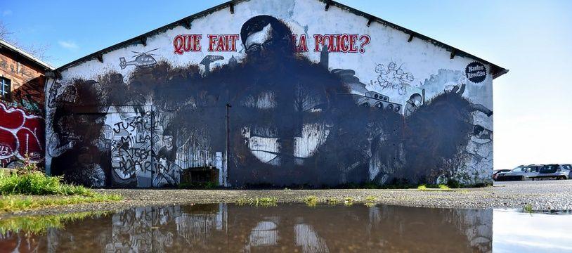 La fresque en hommage à Steve a été vandalisée