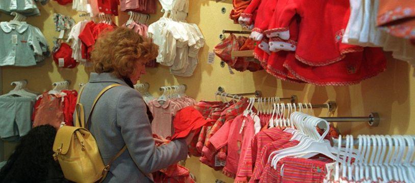 Les vêtements d'enfants, portés très peu de temps, représentent un budget important qu'on peut éviter grâce à la location.