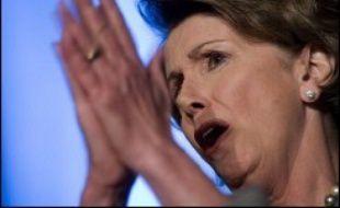 Première femme à présider la chambre basse du Congrès américain, Nancy Pelosi porte avec ferveur les valeurs les plus progressistes du parti démocrate, mais elle est aussi emblématique des divisions de son camp.