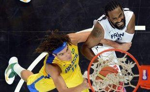 Les basketteurs français ont engrangé de la confiance précieuse avant les jeux Olympiques de Londres, avec un succès 78-74 sur le Brésil au terme d'un match encore imparfait mais séduisant, samedi à Strasbourg.