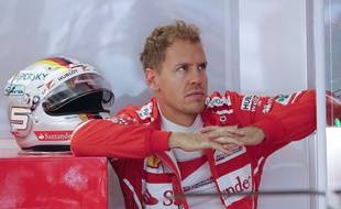Vettel offre encore un boulevard à Lewis Hamilton.