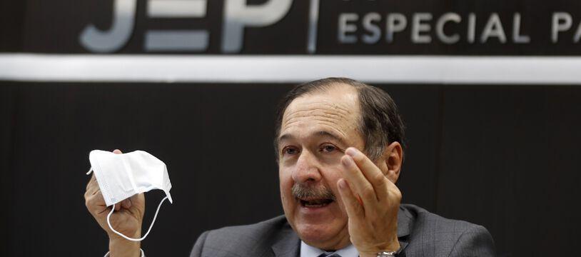 Le président de la Juridiction spéciale pour la paix (JEP), le juge Eduardo Cifuentes, le 10 novembre 2020 à Bogota.
