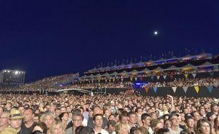 Le public qui attend le début du concert des Insus, lors de l'édition 2016 des Francofolies.