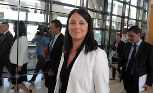 """La ministre du Commerce et de l'Artisanat Sylvia Pinel a annoncé l'organisation de réunions pour """"dialoguer"""" et """"se concerter"""" sur le travail du dimanche avec les acteurs concernés, dans un entretien au Journal du Dimanche."""