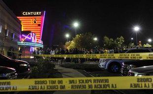 Sur le parking du cinéma où s'est déroulée une fusillade lors de la projection de «Batman» à Denver, dans le Colorado, le 20 juillet 2012.