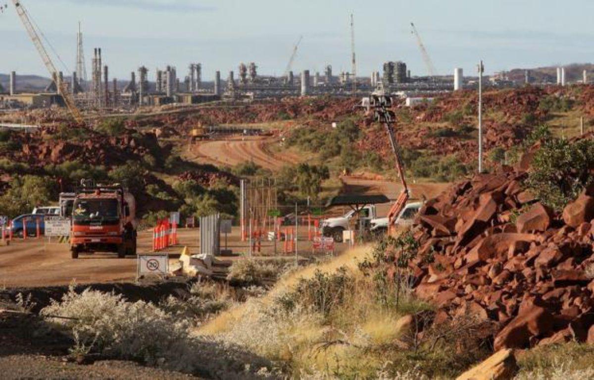Un gigantesque projet d'extraction et d'exportation de gaz naturel dans une région reculée de l'ouest de l'Australie a franchi une nouvelle étape lundi, avec le feu vert accordé par les autorités de réglementation sur l'environnement, assorti de conditions strictes. – Greg Wood afp.com