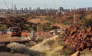 Un gigantesque projet d'extraction et d'exportation de gaz naturel dans une région reculée de l'ouest de l'Australie a franchi une nouvelle étape lundi, avec le feu vert accordé par les autorités de réglementation sur l'environnement, assorti de conditions strictes.