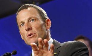 Lance Armstrong, lors d'une conférence de presse à New York pour l'annonce de son retour à la compétition, le 24 septembre.