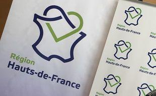 Panneaux Hauts-de-France au conseil régional