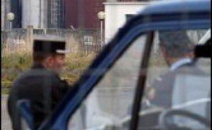 Un drame familial à Reichstett (Bas-Rhin), près de Strasbourg, a fait deux morts jeudi soir, un homme ayant tiré sur son fils de 8 ans avant de retourner son pistolet contre lui, a-t-on appris vendredi auprès des gendarmes et du parquet.