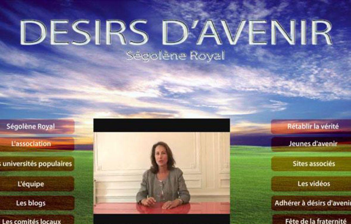 Ségolène Royal a mis en ligne une vidéo sur le site Désirs d'avenir pour clarifier sa position sur les fraudes au congrès de Reims dénoncées dans le livre Hold-uPS, arnaques et trahisons, le 15 septembre 2009. – DR